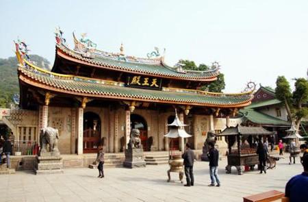Nanputuo Temple, Xiamen, China.