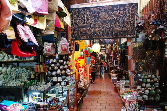 A souvenir shop in Russian Market