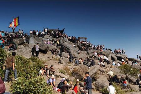 Visitors at Yen Tu Pagoda