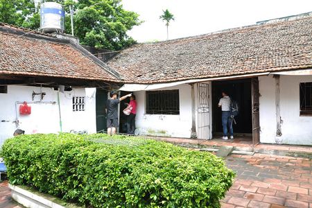 An ancient house in Dong Ngac Village