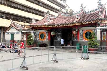 The front yard of Ong Bon Pagoda