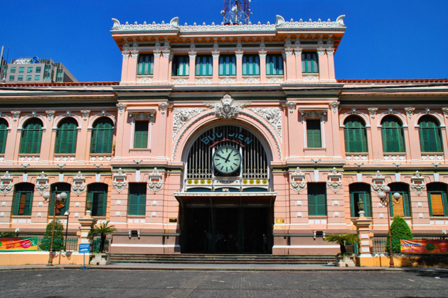 saigon old post office - Ho chi minh city shore excursions from phu my port