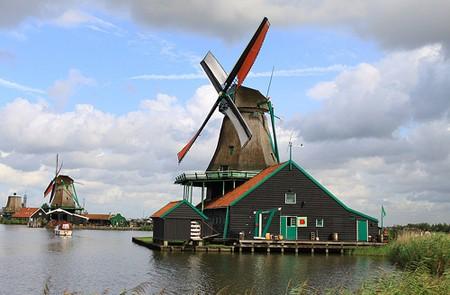Amsterdam Shore Excursion Zaanse Schans Windmills, Marken & Volendam Half-Day Tour