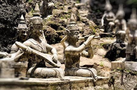 Buddha images in Koh Samui Secret Garden
