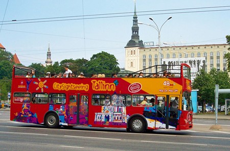 Tallinn Shore Excursion City Sightseeing & Hop-On Hop-Off Tour