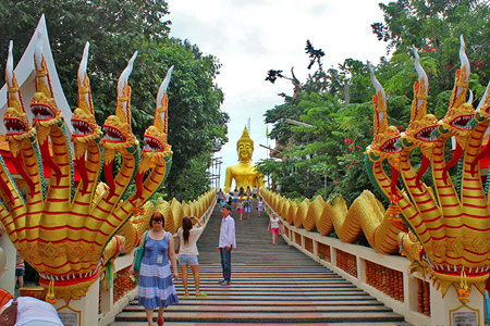 The entrance of Big Buddha Temple (Wat Phra Yai)