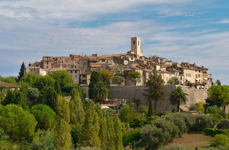 Villefranche Shore Excursion: Small-Group Half-Day Trip to Cannes, Antibes & St-Paul-de-Vence