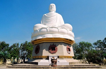 Sitting Buddha image in Long Son Pagoda