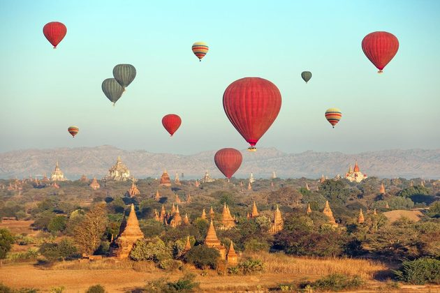 balloon excursion in Bagan
