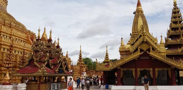 Shwezigon Pagoda Photos