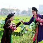 Quan-Ho-folk-song-singers