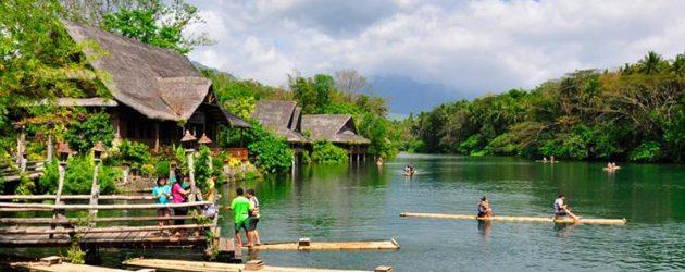 Villa Escudero Bamboo Rafting