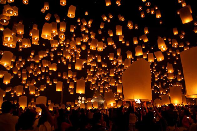 Release a sky lantern in the festival