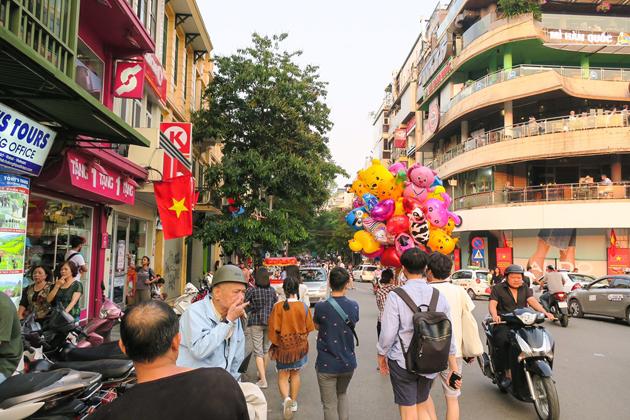 Stroll along bustling Old Quarter in Hanoi
