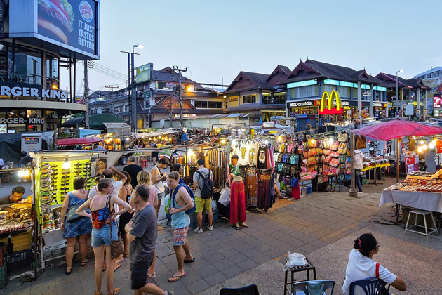 Stroll through Chiang Mai Night Bazaar