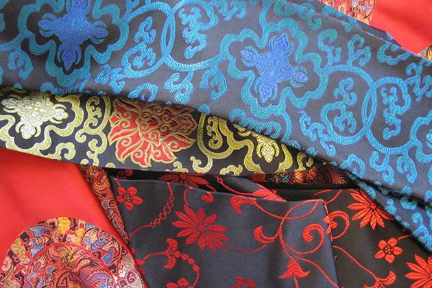 China silk gifts