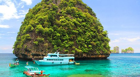 Island Hopping & Snorkeling at Phi Phi Island