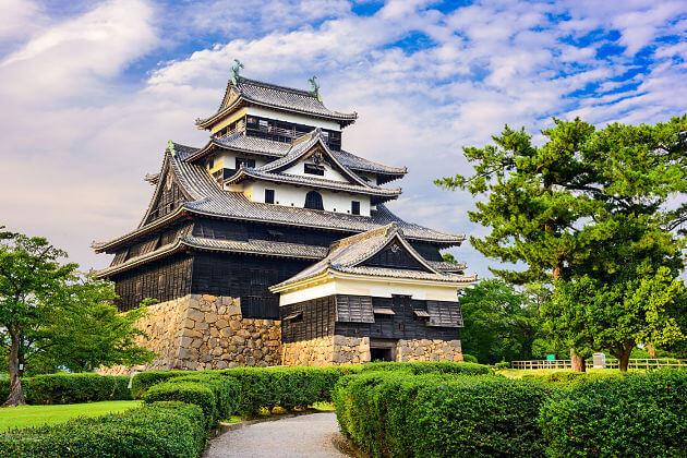 Matsue-Castle-Sakaiminato-shore-excursions