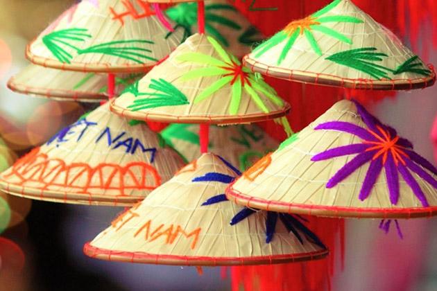 Souvenirs - Conical hat