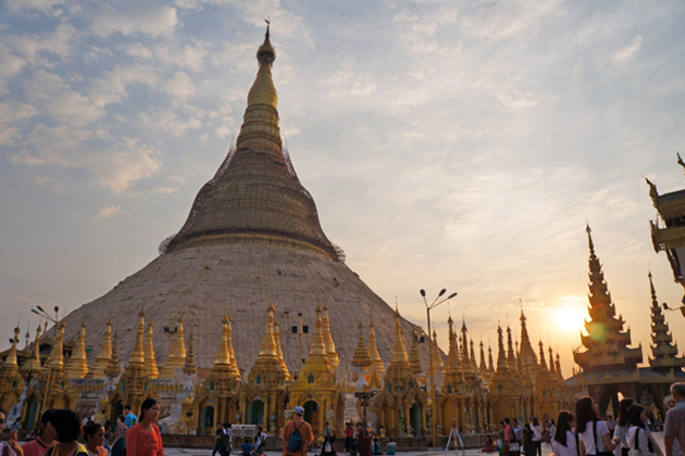 Sunset over Shwedagon Yangon