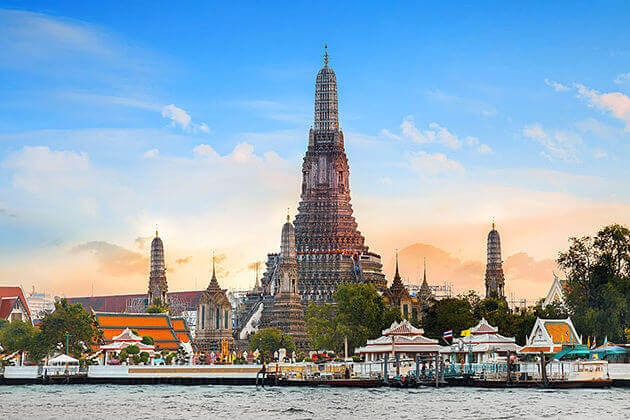 Temple-of-Dawn-in-Bangkok-shore-excursions