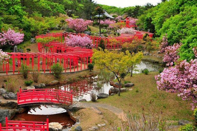 Takayama Inari Shrine