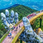 Golden-Bridge-Ba-Na-Hill-in-Da-Nang shore excursions