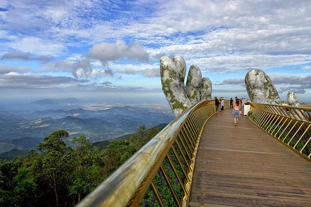Golden-Bridge-Da-Nang-shore-excursions-1