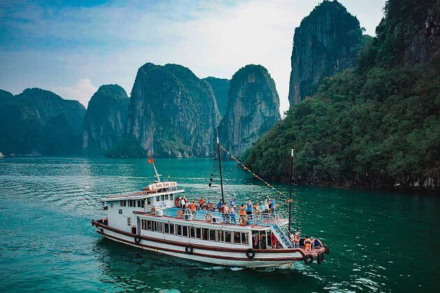 Halong Bay Cruise Excursions