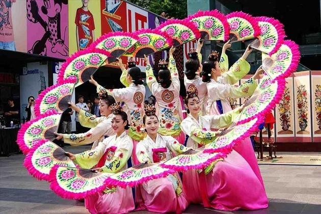 Korean culture - folk dances