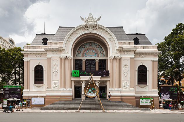 Saigon Opera House - photography spots in Ho Chi Minh City