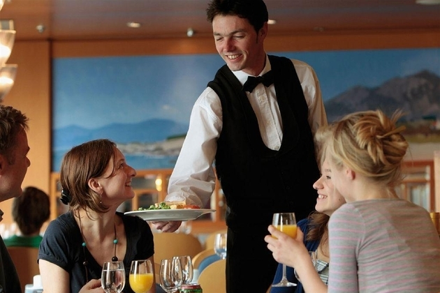 Tipping Culture Guide for Cruise Passengers in France