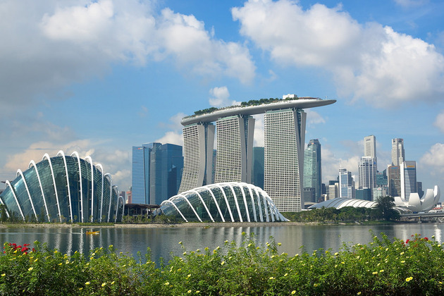 Free Things to Do in Singapore - Singapore River Bank