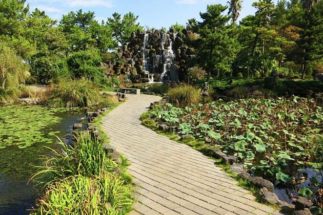 Hallim Park - Jeju shore excursions