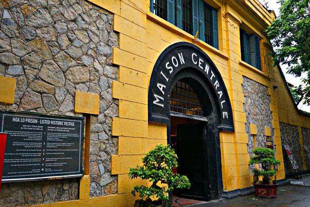 Hanoi shore excursions Hoa Lo Prison