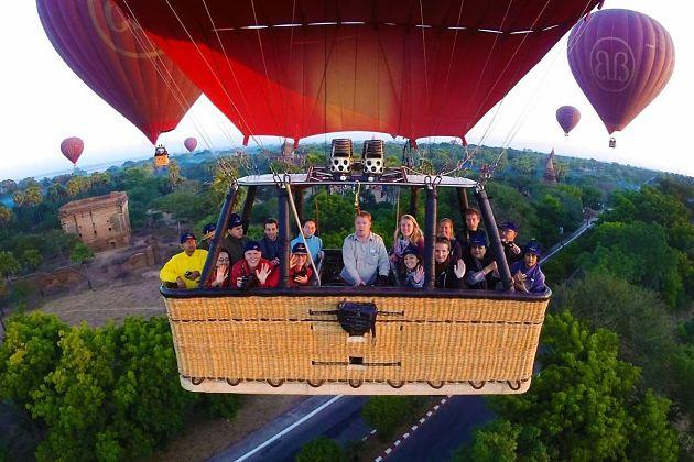 Hot-air Balloon - Bagan shore excursions