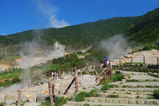 Owaku-dani Valley in Shimizu shore excursions