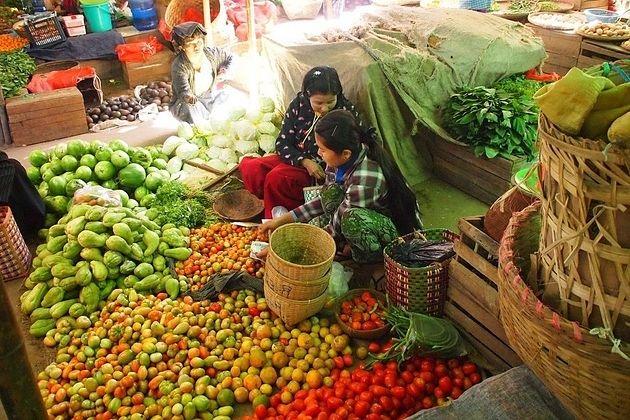 myanmar local market