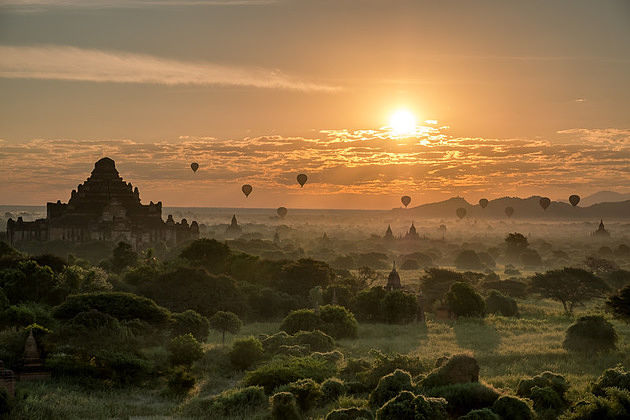 sunrise over Bagan shore excursions