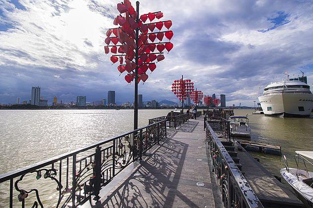 Love Bridge - Da Nang shore excursions