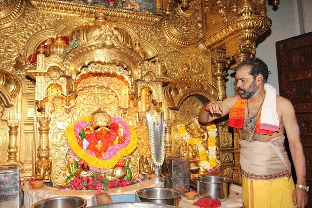 Siddhivinayak Temple - Mumbai shore excursions
