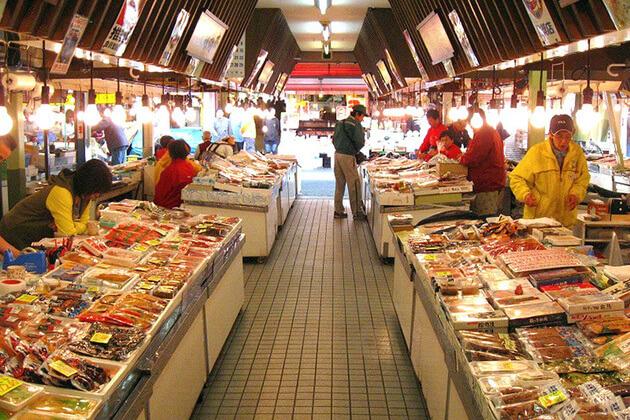 Morning-Market-in-Hakodate