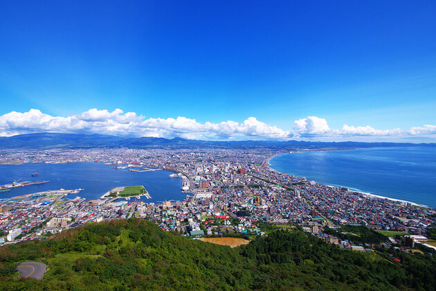 Mount-Hakodate-viewing