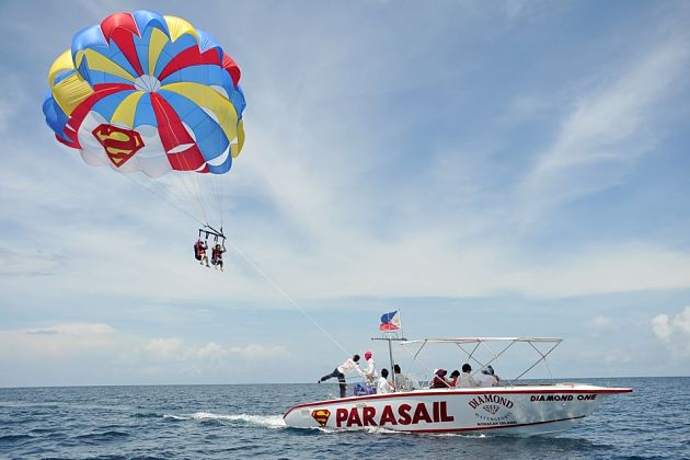 Parasailing in Boracay shore excursions