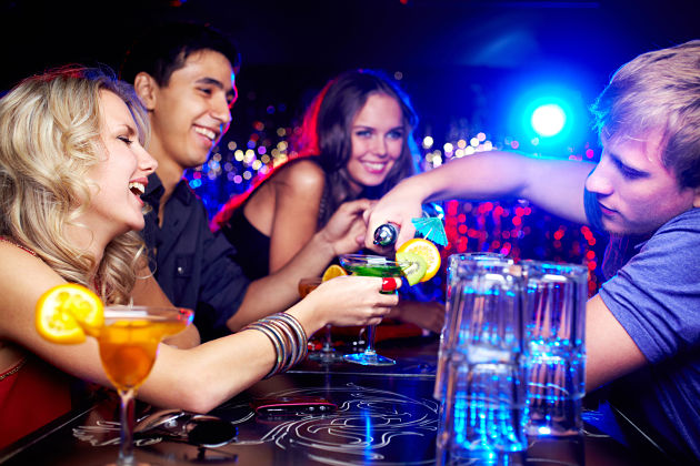 Pub Crawl in Boracay shore excursions