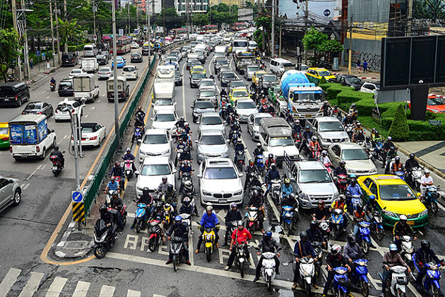 Thailand traffic - dos and don'ts