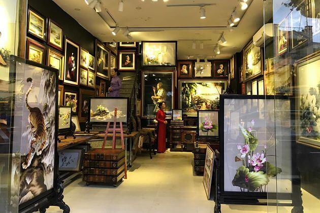 XQ-showroom-Ho-Chi-Minh-shore-excursions