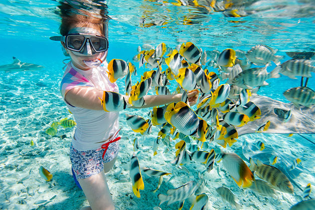 snorkeling in Boracay shore excursions