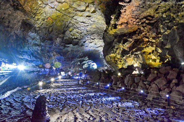 Manjanggul-Lava-Tube-Jeju-shore-excursions