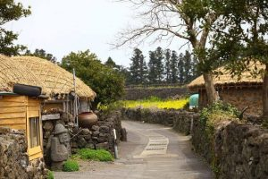 Seongeup-Folk-Village-Jeju-shore-excursions